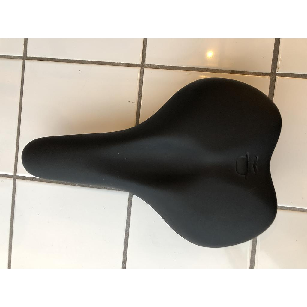 Saddle (Black with Butchers & Bicycles logo)